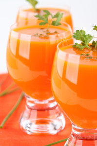 Weight Loss Smoothie with Carrots, Apple and Celery